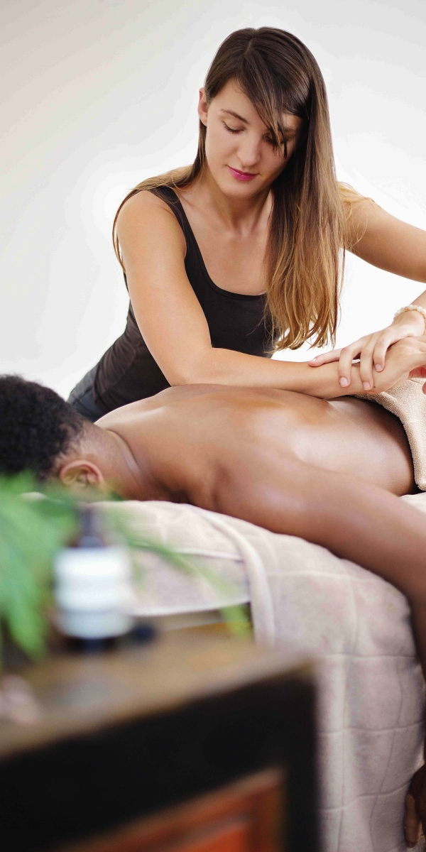 sylwia_giving_massage